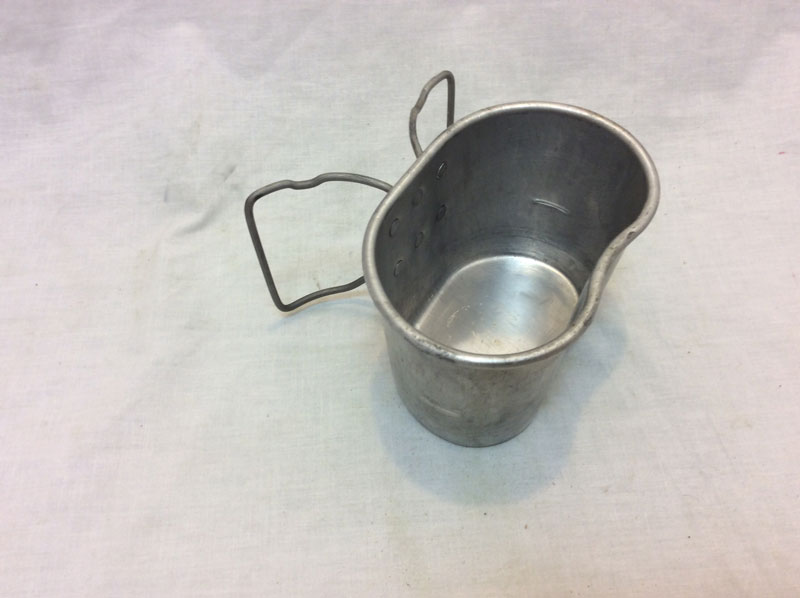 Genuine Military metal drinking mug with handles, fits onto 58 pattern waterbottle