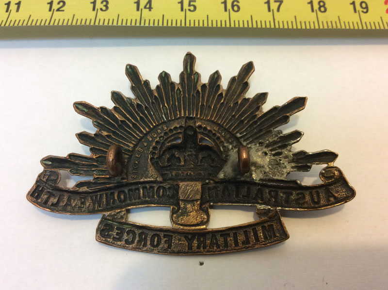 Australian commonwealth military forces cap badge