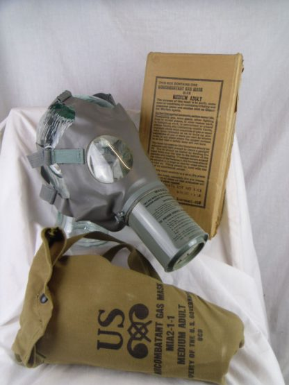 Gas Mask US civilian WW2 approx 1943
