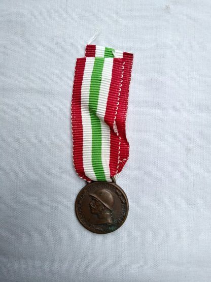 Great War For the Unity of Italy Medal 1915-18 miniature