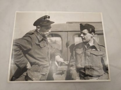 Military photo taken on 1945 Liverpool NSW (New South Wales) RAAF Royal Australian Air force (ref 2801)