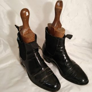 George boot with Spurs size 6.5