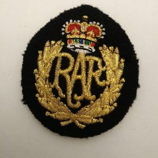 RAF Queen's crown cloth cap badge