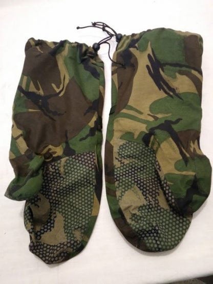British Army Goretex mitts gloves woodland camo