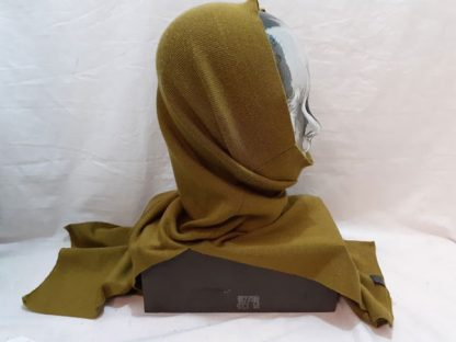 Snood with neck and throat protector